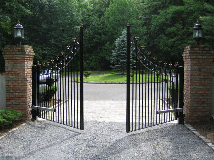 Domestic swinging gates