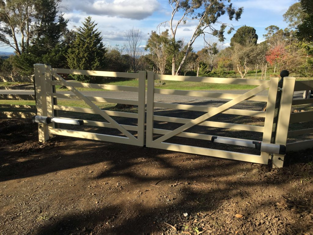 Swinging Auto Gates